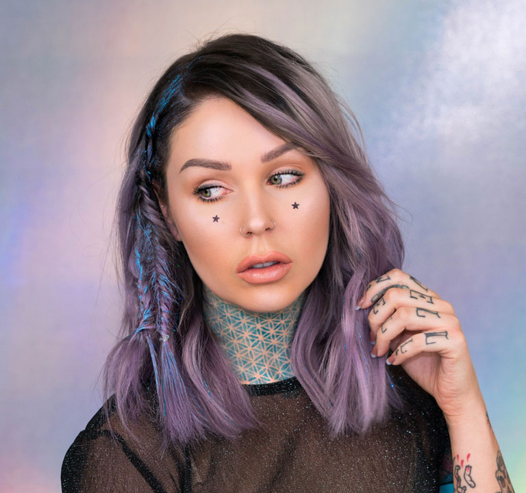 How To Do HOLOGRAPHIC Makeup and Hair for Festival Season
